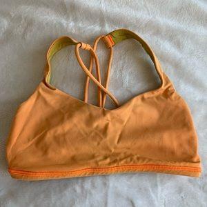 Lulu sports bra size 4